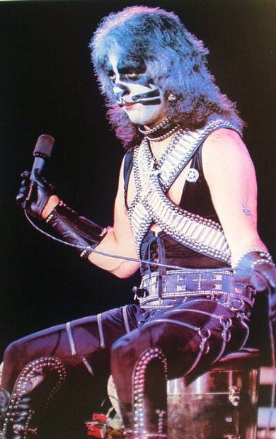 REPORTS: Peter Criss, Kiss' Founding Catman, Saying Goodbye to Stage