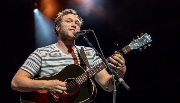 INTERESTING BITS: With 'American Idol' Lawsuit Behind Him, Phillip Phillips Releases New Song
