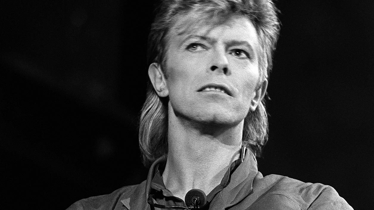 REPORTS: Hard Rock Cafe Sued Over Use of David Bowie's 'Aladdin Sane' Portrait