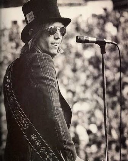 IN MEMORIAM: World Renowned Singer/Songwriter/Musician Tom Petty Dies