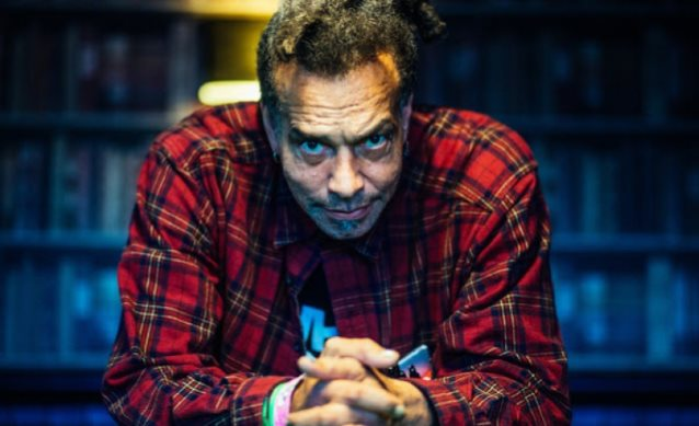 IN MEMORIAM: Former FAITH NO MORE singer Chuck Mosley has died at the age of 57.