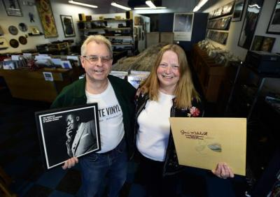 BUSINESS NEWS: Absolute Vinyl Records and Stereo Closes After Ten Years