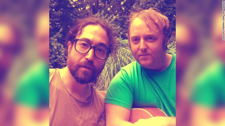 INTERESTING BITS:Lennon and McCartney Sons Come Together for Selfie