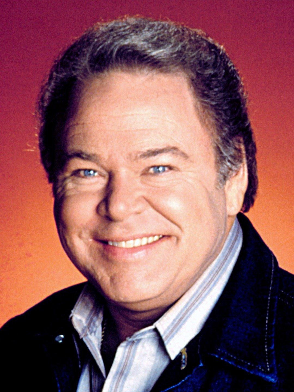 IN MEMORIAM: Roy Clark – Multi-Talented Musician
