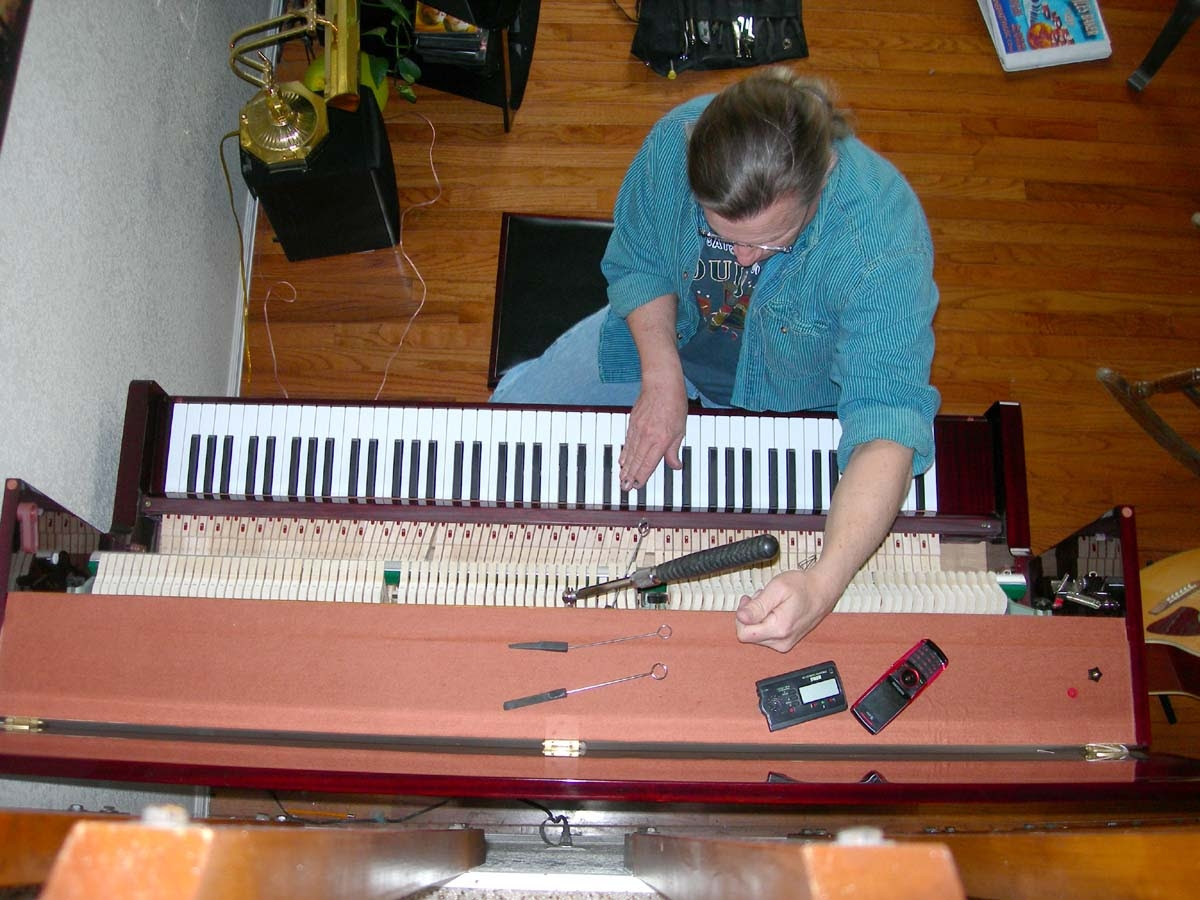 INTERESTING BITS: For the procrastinators you love… Piano tuning is a great gift!