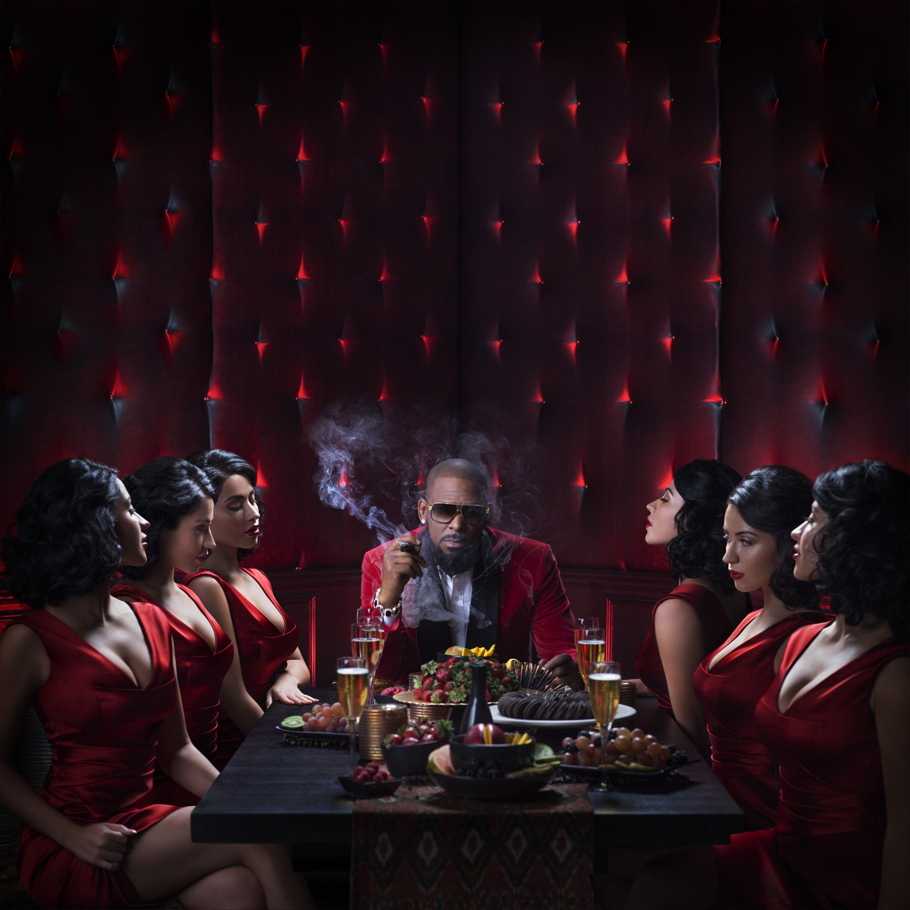 NEWS: The Star Treatment – R. Kelly Gets Away with Being a Sexual Predator