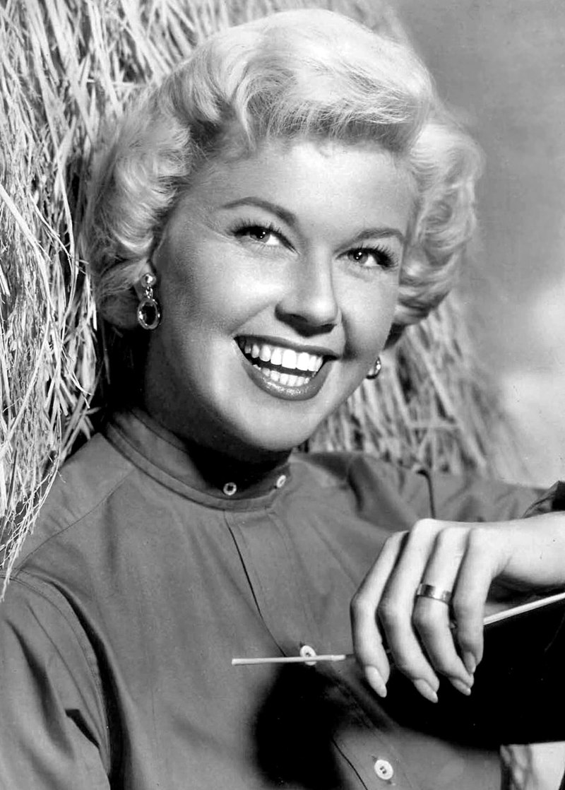 "IN MEMORIAM: Doris Day – ""Que Sera, Sera"" // Other Notable Musicians' Deaths"