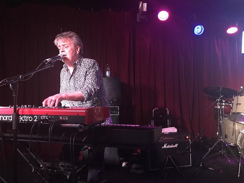 IN MEMORIAM: Ian Gibbons, 67, English Keyboardist (The Kinks)