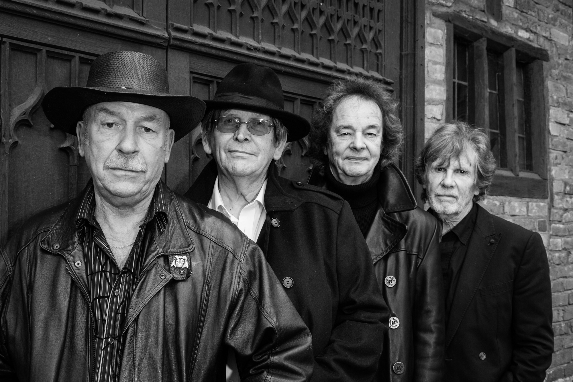 INTERESTING BITS: COMBO Special Writer Peter Jones' Interview with Chris White of The Zombies – Coming to Denver